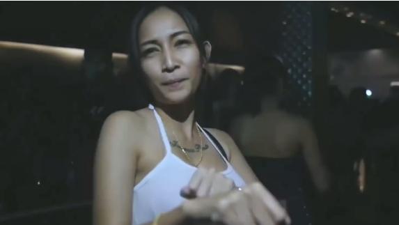 劲爆热门英文神曲电音版-顶级DJ现场狂欢视频